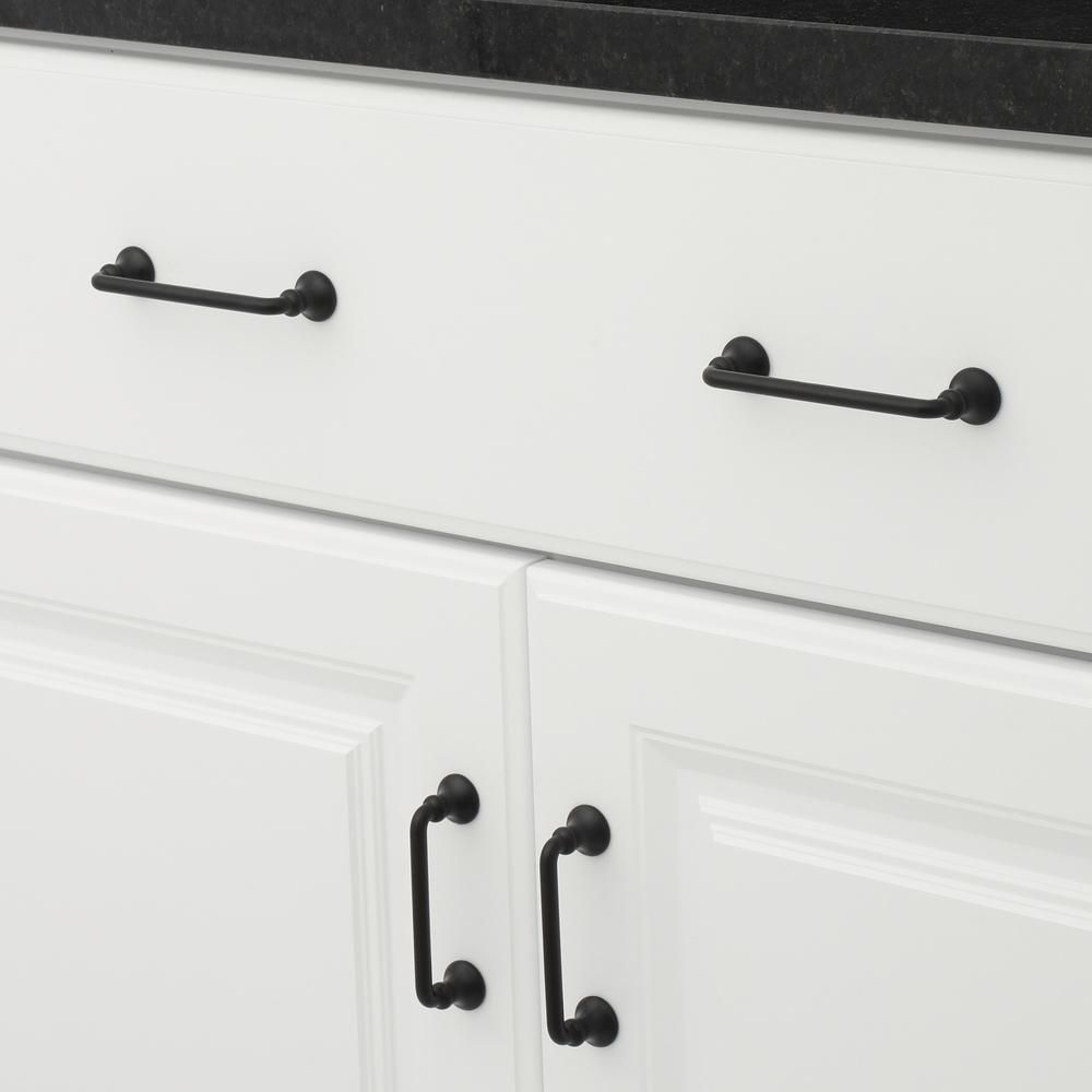 Richelieu Hardware 3 3 4 In 96 Mm Center To Center Matte Black Traditional Drawer Pull Bp0874900 The Home Depot Traditional Drawers Drawer Pulls Black Cabinets