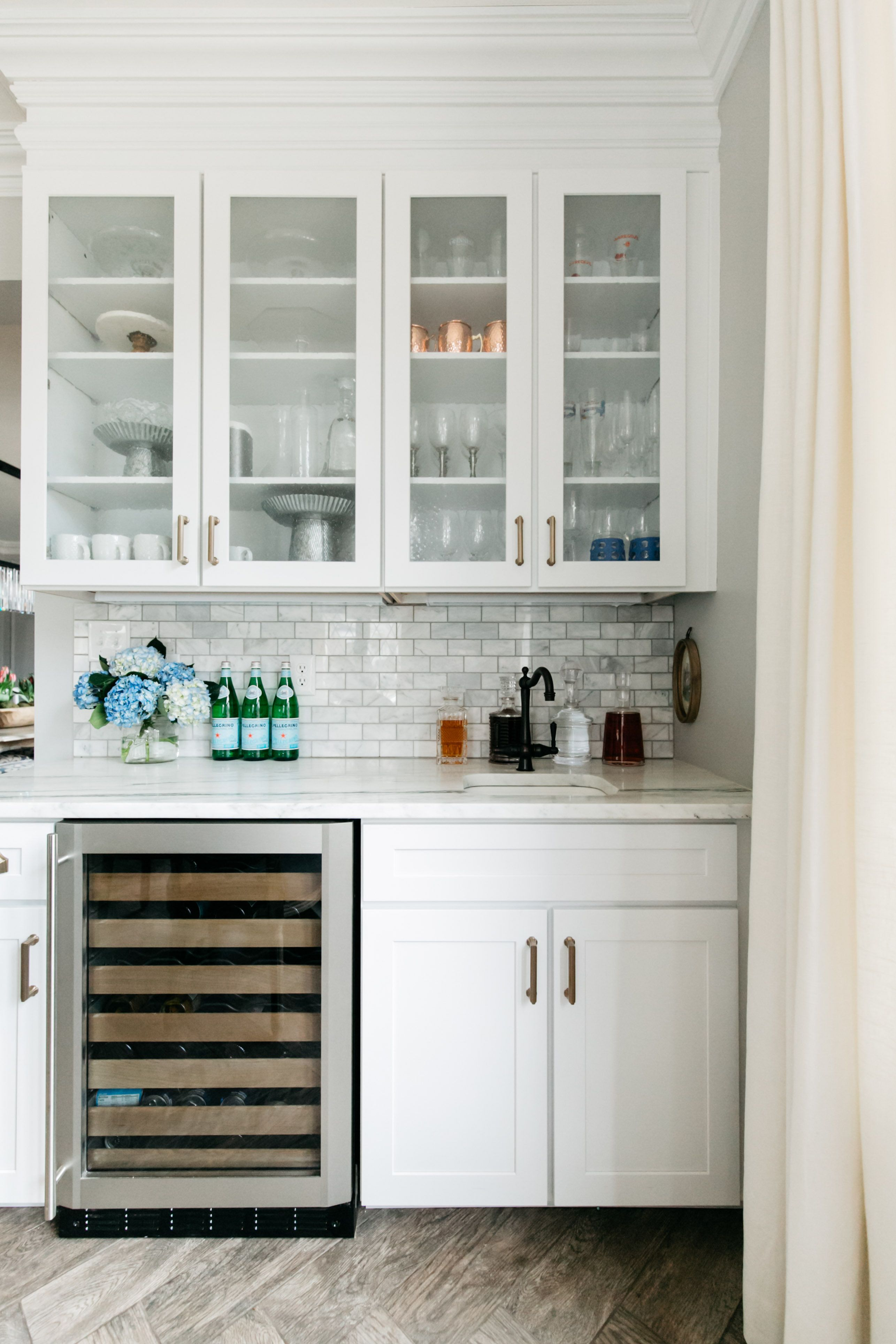 Pin By Tiffany Skilling Interiors On Kitchens Redo Kitchen Cabinets Redo Cabinets Interior