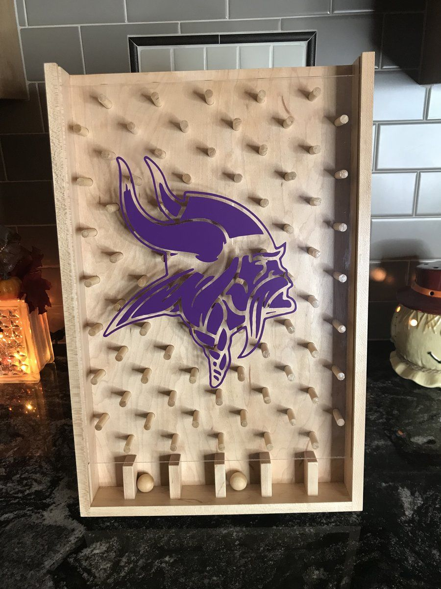 Minnesota Vikings NFL Plinko Board / Drinko Game in 2020