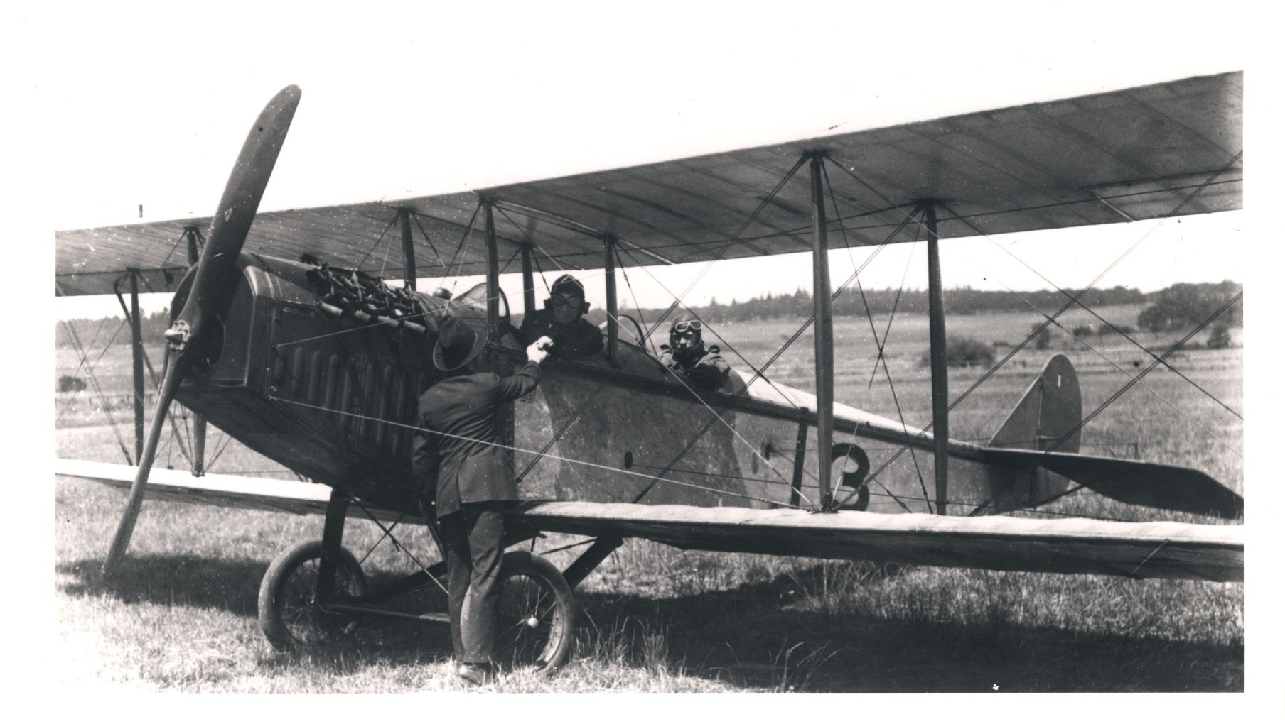 Http Www Ch2a Ca Curtissjennypics 6 Curtiss Jn4 6 Jpg Ww1 Airplanes Aviation Ww1 Aircraft