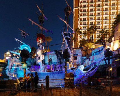 Treasure Island Pirate Show 2020.Treasure Island Free Performance Times 7 00 P M 8 30 P M
