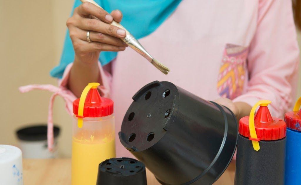 23 Gambar Menghias Pot Bunga Plastik Home Co Id Tips Cara Membuat Pot Hias Yang Lucu Bunga Plastik Hiasan Meja Bunga H Hiasan Meja Bunga Bunga Gambar Hiasan