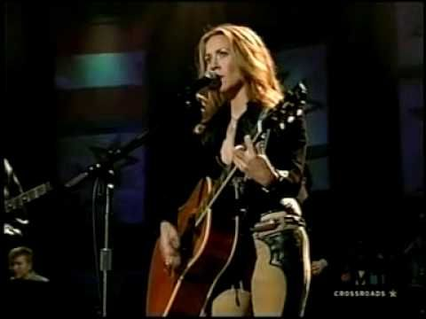 City Of New Orleans Willie Nelson And Sheryl Crow Music Concert Americana Music Roots Music