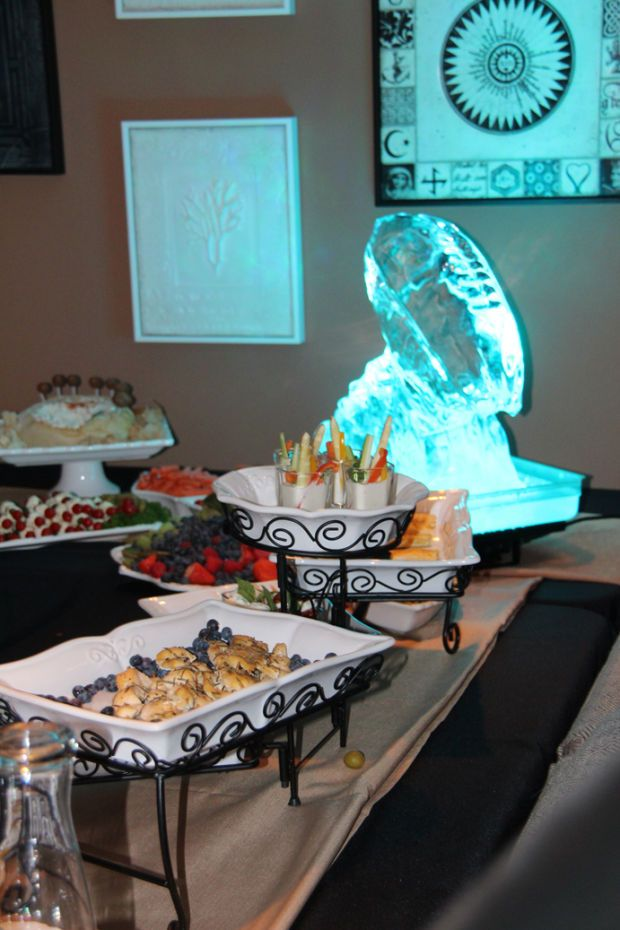 Photos Terry Reids Super Bowl Party Kings Table Catering - Kings table catering