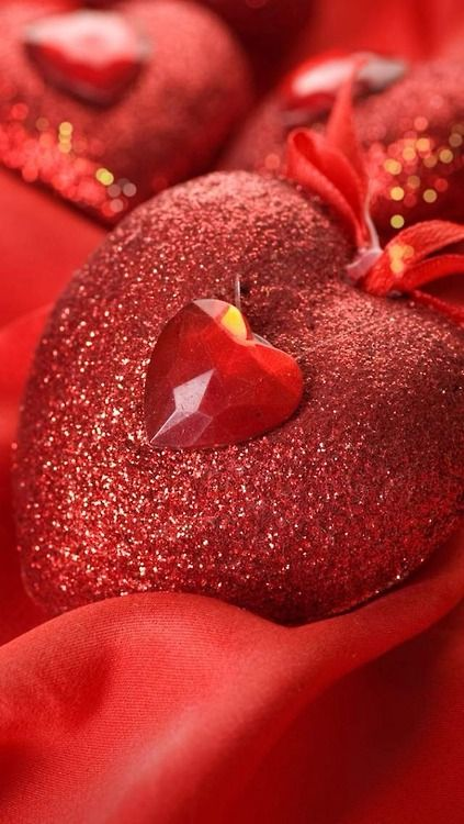 Pin By Theresa Haley Dik On Heart Valentines Red Heart Wallpaper