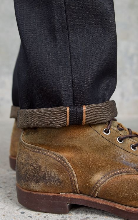 Not a fan of the rough-out finish on the Iron Rangers but the copper selvedge on the denim is awesome.