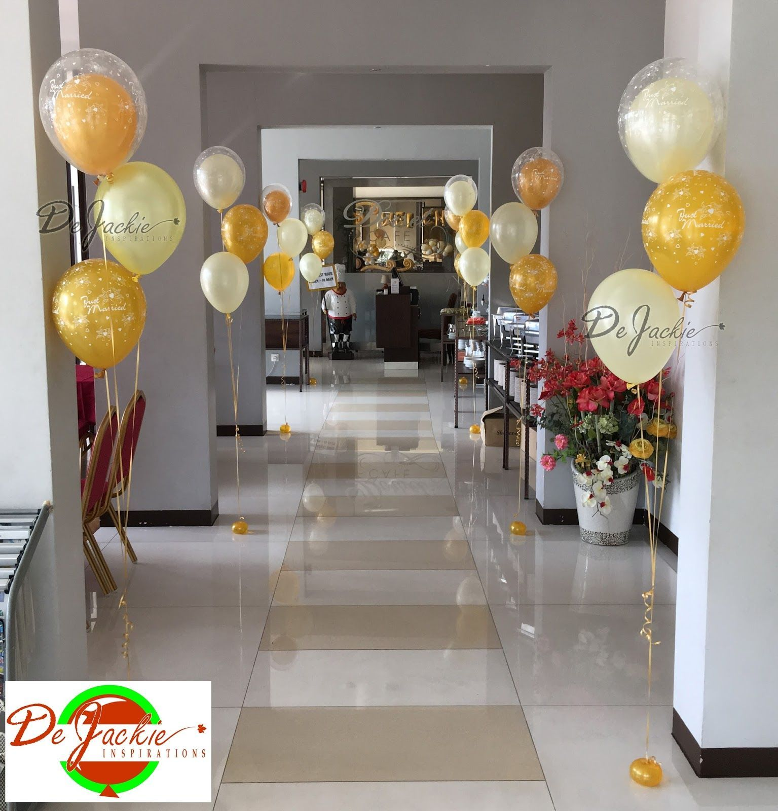 Balloon Decorations For Events Such As Weddings, Birthday Parties, Corporate