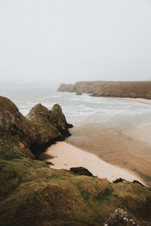 Three Cliff Bay, United Kingdom by Felix Russell-Saw