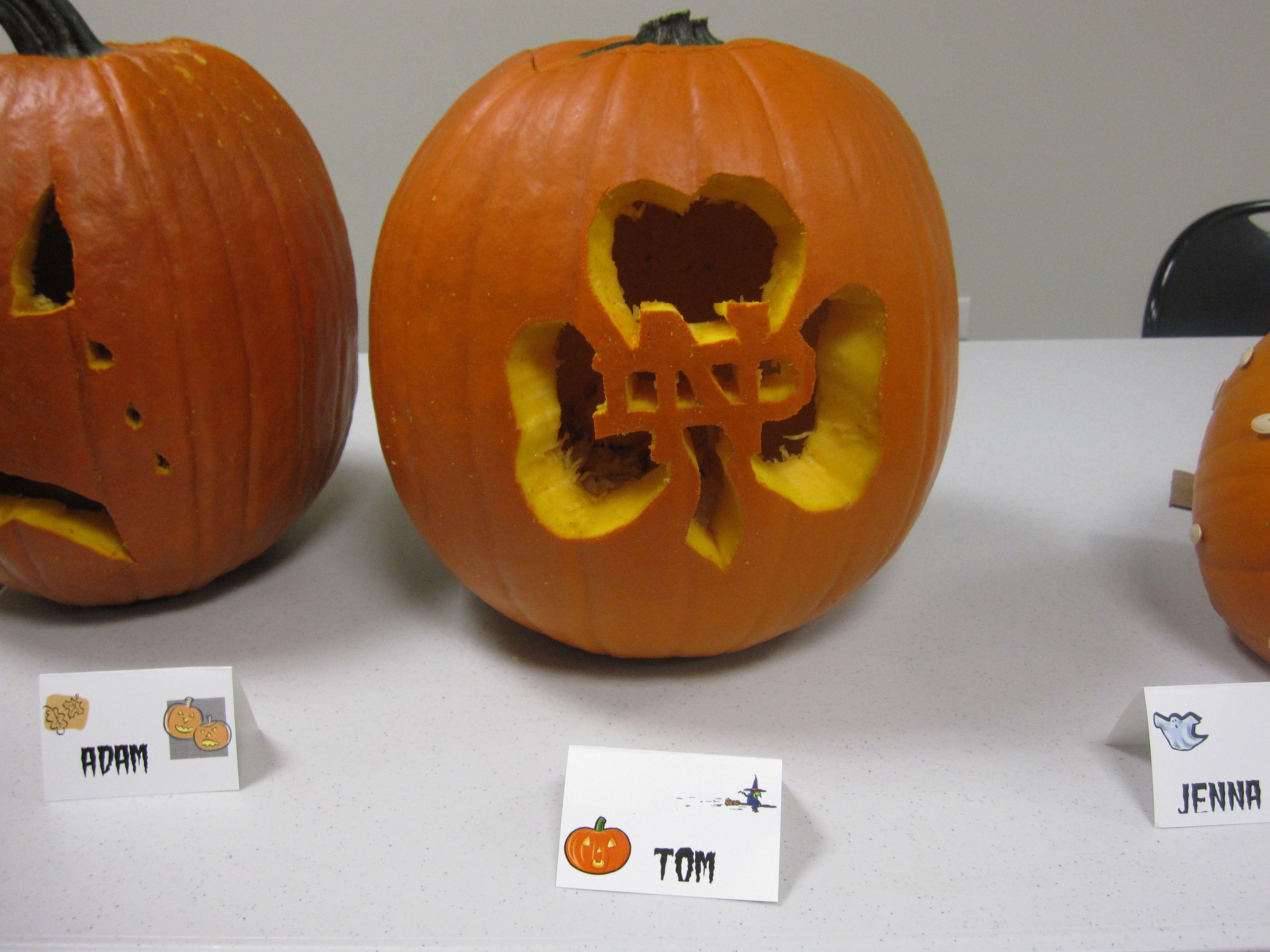 notre dame pumpkin template  Notre Dame Pumpkin | Pumpkin Carving | Halloween | Pumpkin ...