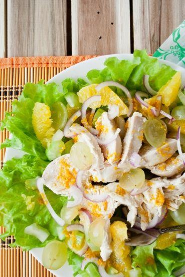 салат правильного питания с курицей