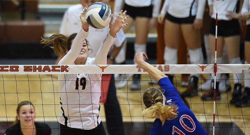 No 5 Volleyball Defeats No 10 Kansas In Lawrence 3 2 Olympic Volleyball Volleyball Team Names Volleyball Team