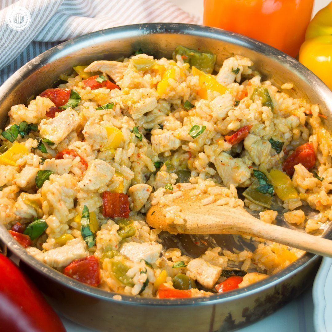 One Pot Rice With Chicken And Peppers