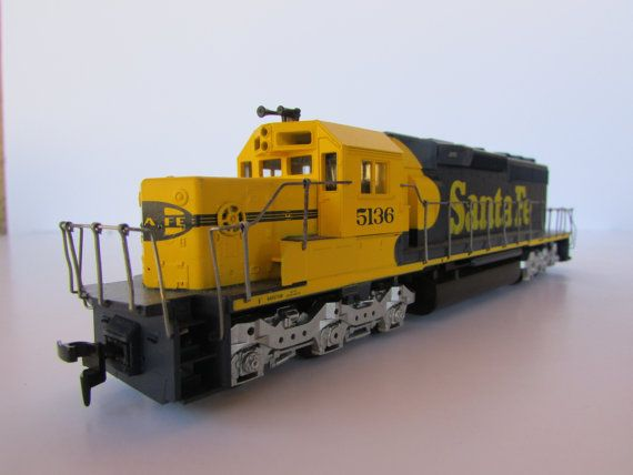 Athearn Ho Scale Santa Fe Sd40 2 Diesel Locomotive Dummy Blue Box Ho Scale Model Trains Diesel Locomotive