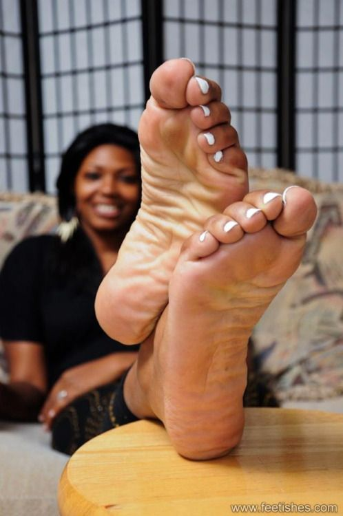 foot tickle Ebony