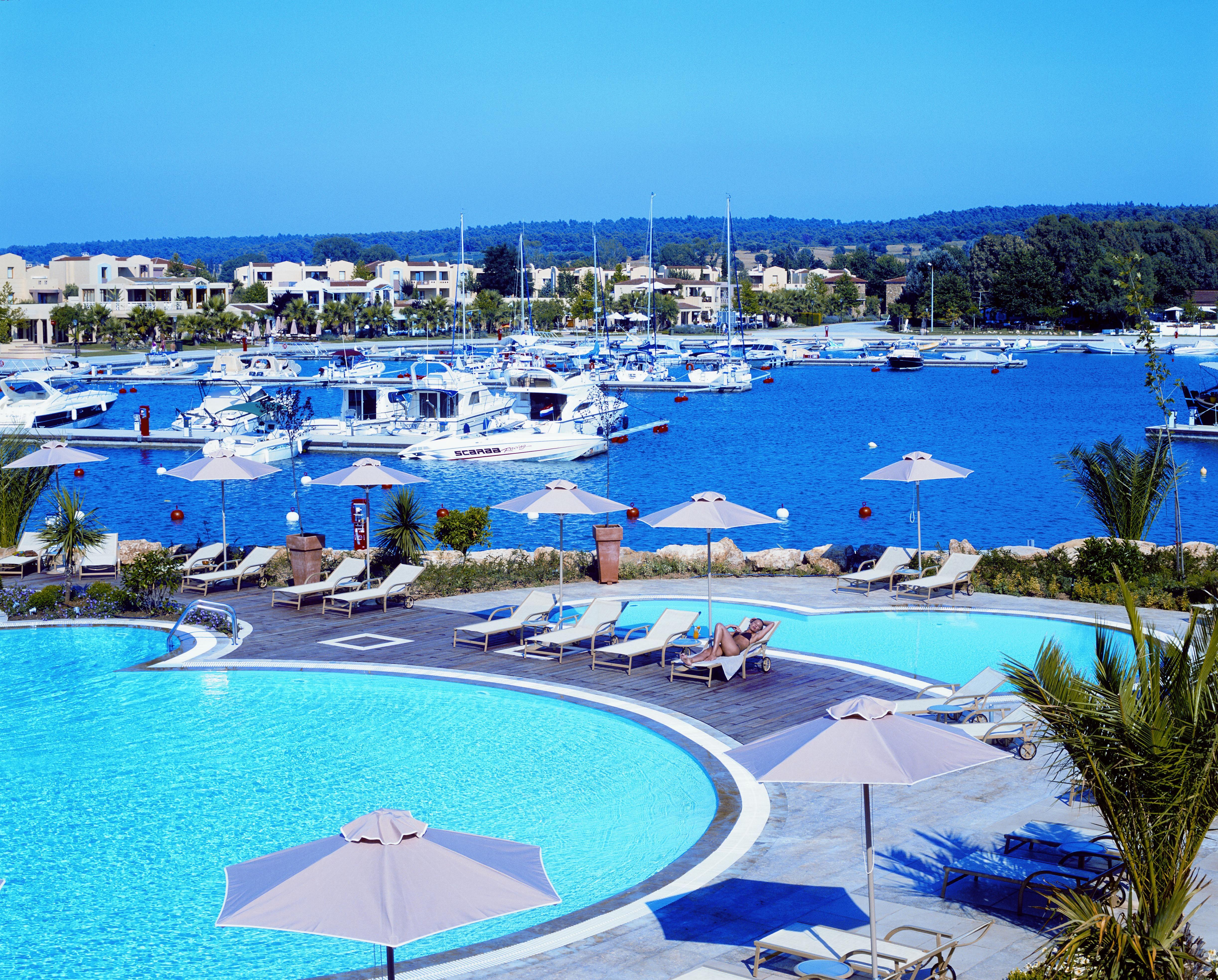 Love Holidays Sani Beach Club