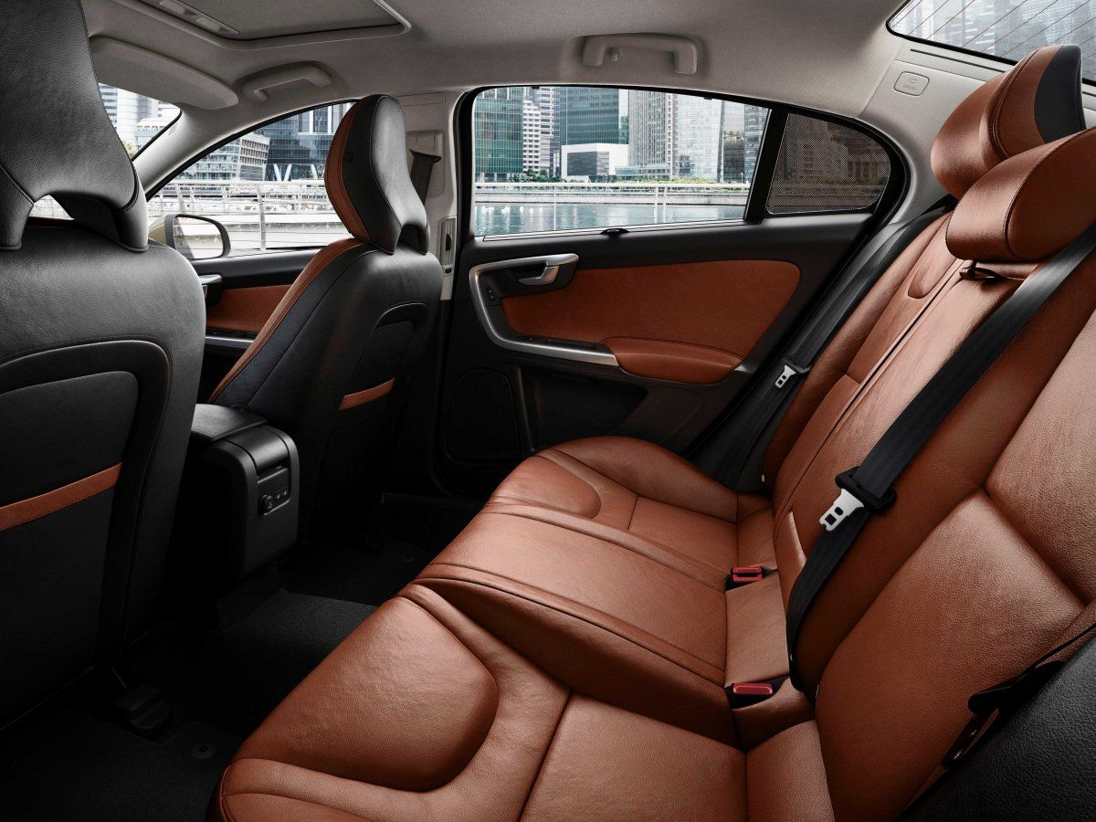 The First Chinese Built Luxury Car Is Here And It S A Volvo Volvo Luxury Sedan Luxury