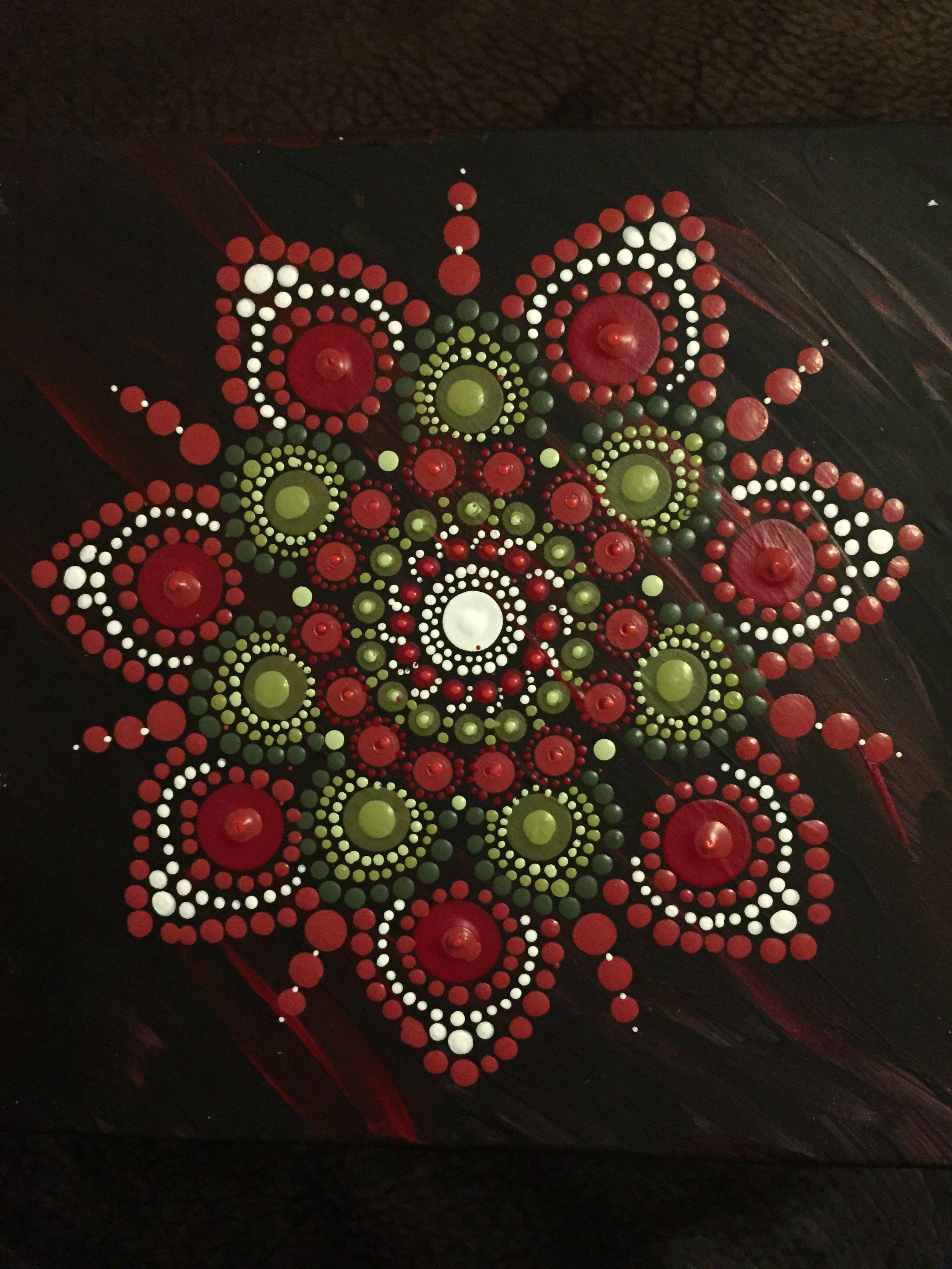 Kind of christmasy dot art  | Mandala Magic | Dot art