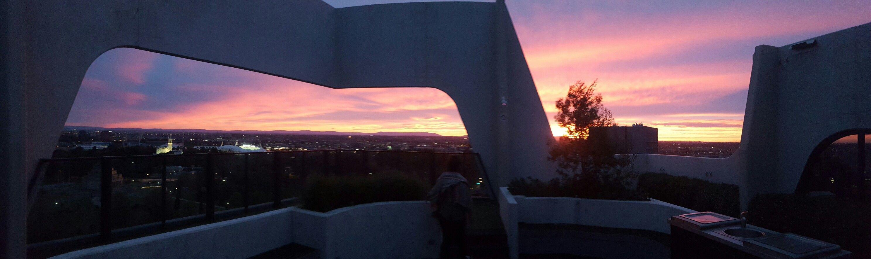 #Melbourne #Australia  #travel #photogaphy #carolinecaccia #rooftop #sunrise #morning