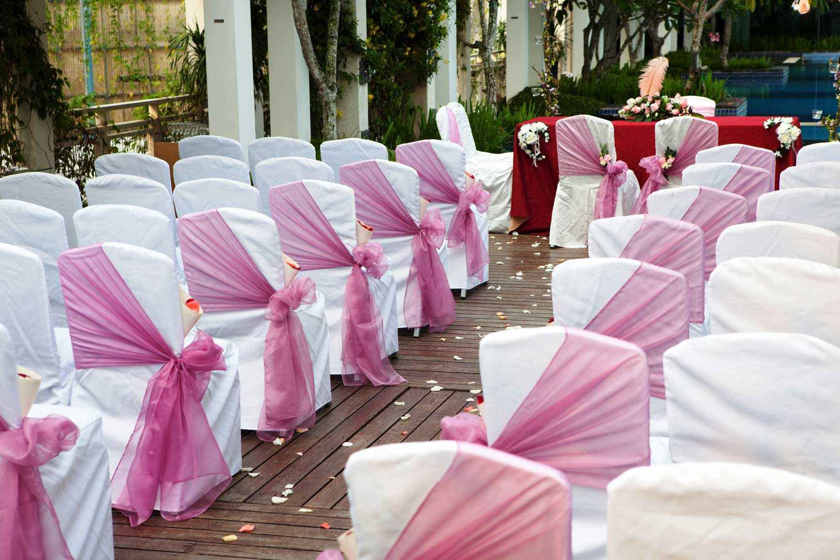 How To Pair Chair Covers Wholesale With Satin Sash For Special