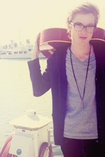 Cameron Mitchell. How can one simply be so attractive?