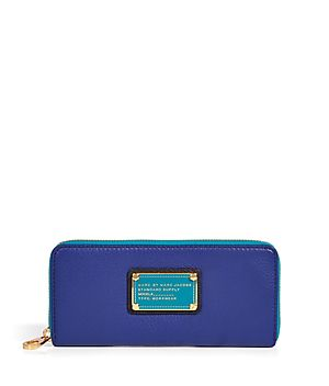 Chic yet convenient, this Marc by Marc Jacobs zipper wallet adds style to the everyday #Stylebop