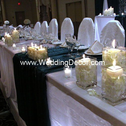 Head table decorations hunter greeen white head tables table wedding decor head table white linens hunter green runners and hydrangea in glass vases with floating candles junglespirit Image collections