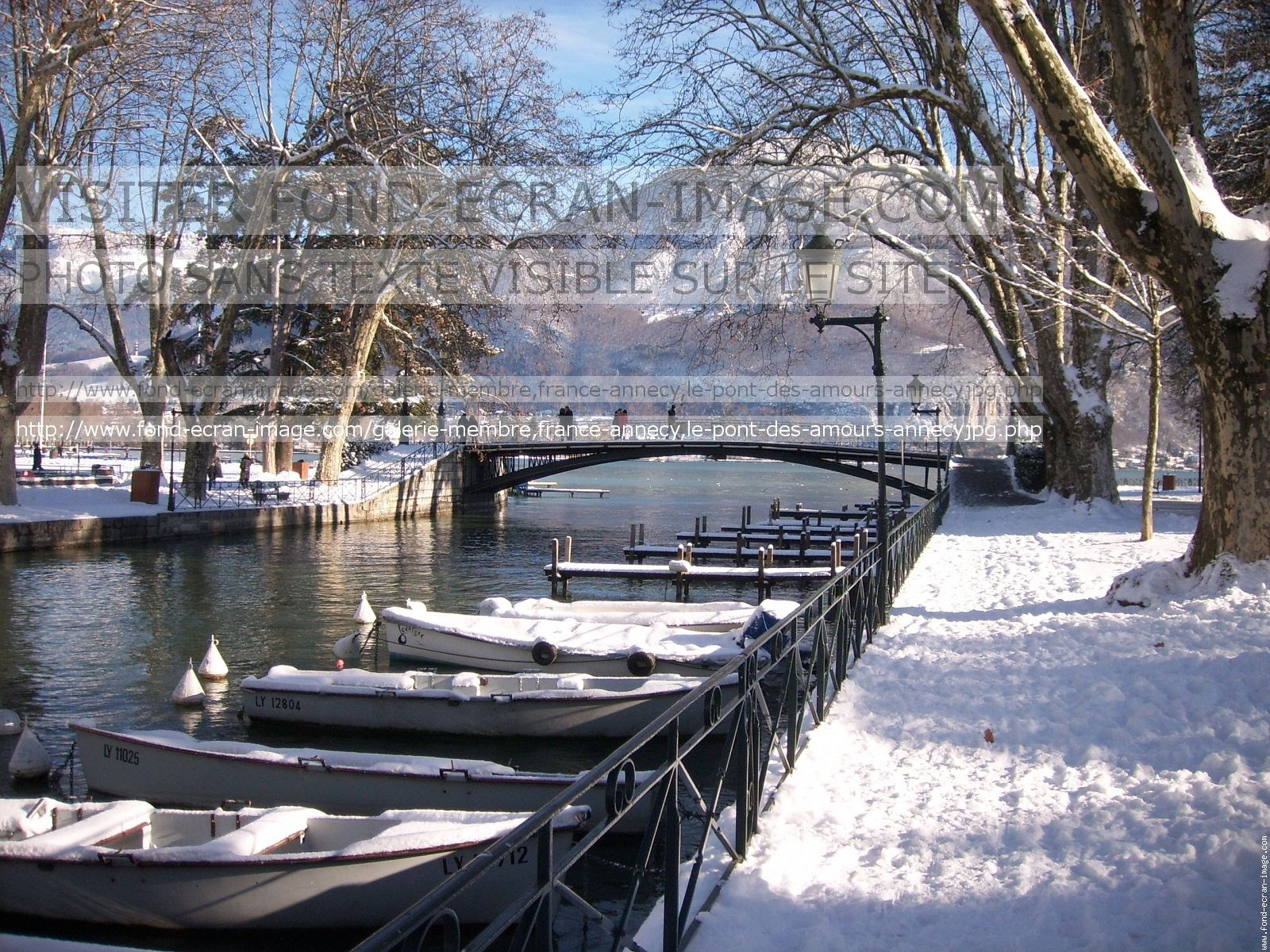 France annecy le pont des amours annecy the firesteel pinterest alpine lake france and bridge - Pont des amours ...