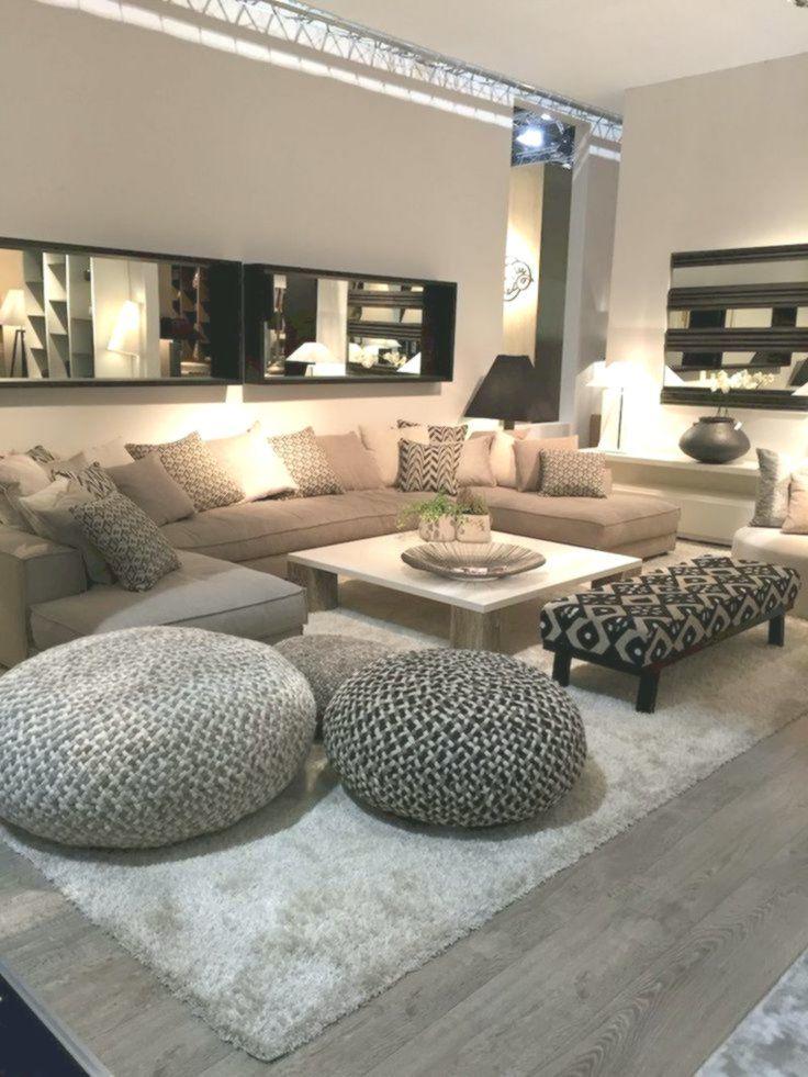 8 Einrichtungsideen für ein Wohnzimmer, das entspannt aussieht