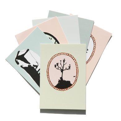 Zes postkaarten uit de postkaartenserie van Stokwolf, mooi verpakt in een setje.