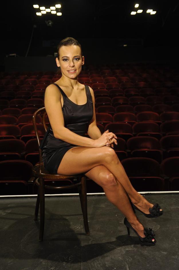 Anna Mucha Parallel Legs
