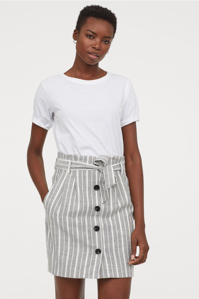 52de7330a H&M Paper-bag Skirt - Black in 2019 | Invest | Gray skirt, Skirts ...