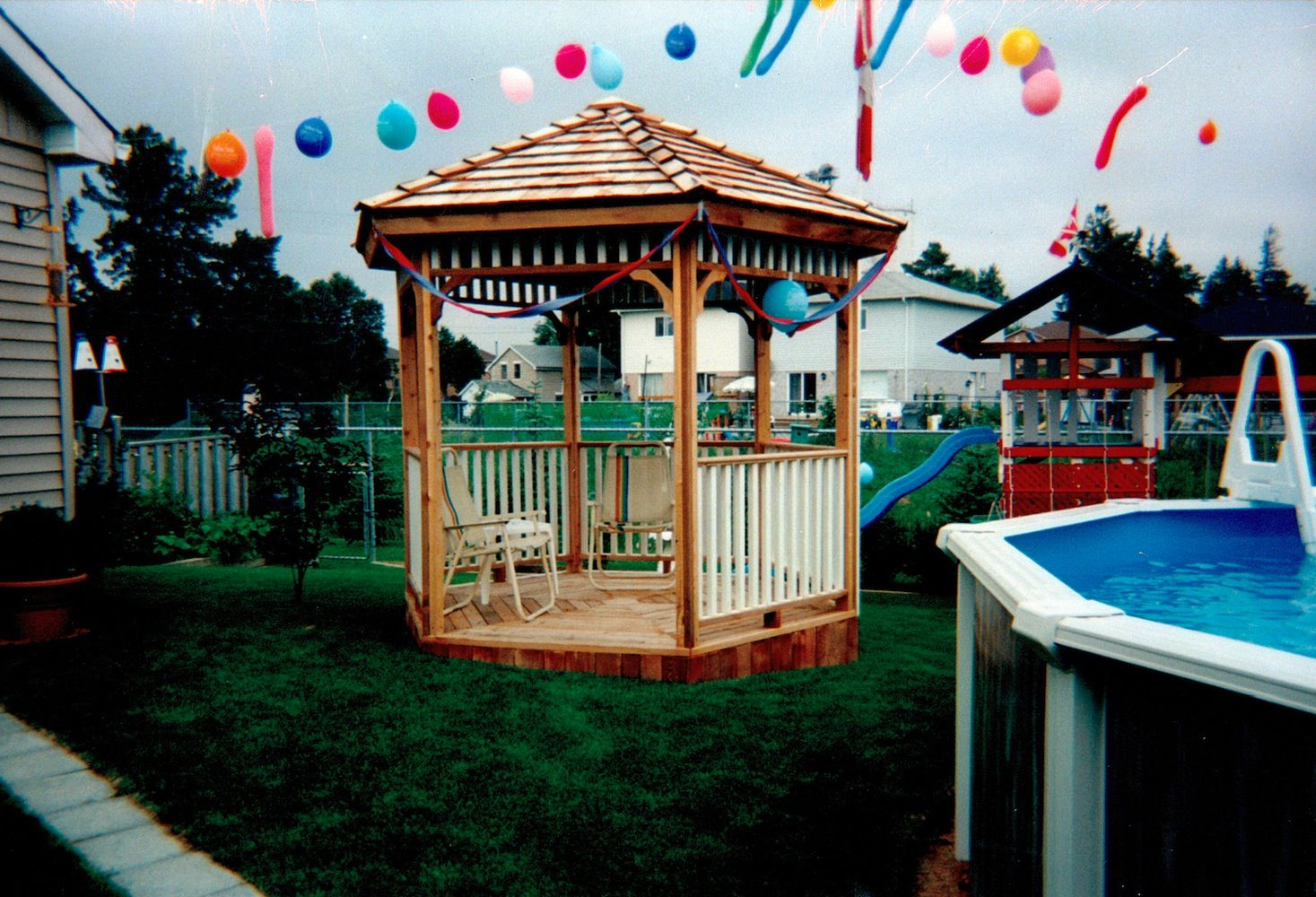 Cedarshed hexagon gazebo kits come with all hardware and for Home hardware gazebo plans