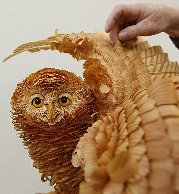 Owl Sculpture Made From Siberian Wood Chips By An Amazing Artist Sergei Bobkov Animal Sculptures Chip Art Wood Sculpture