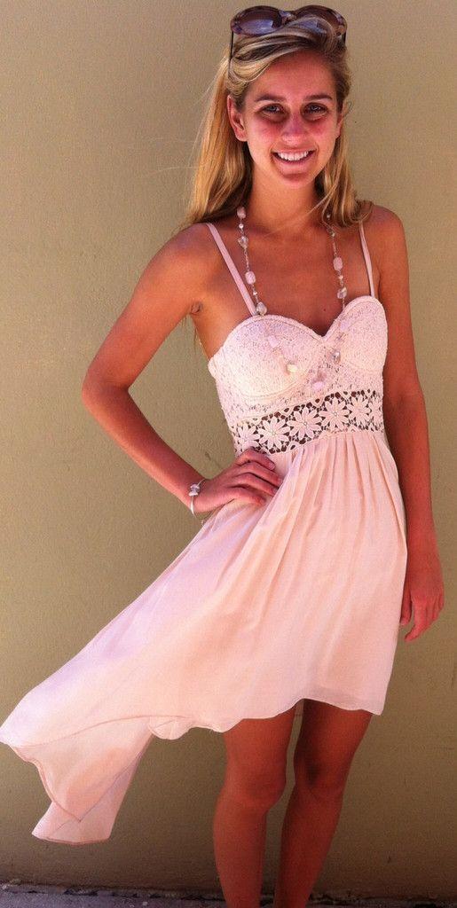 Daisy Dress | beach outfits | Pinterest