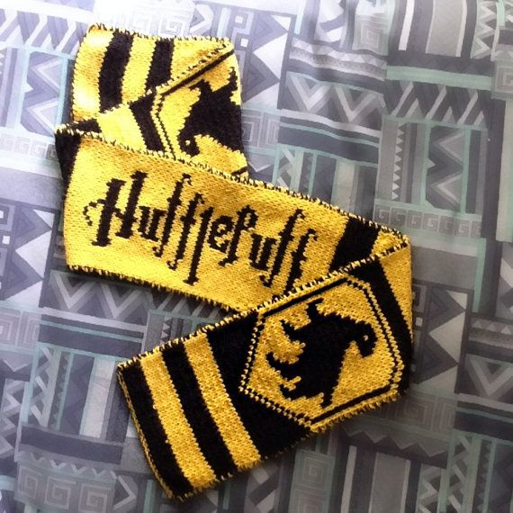 Hogwarts hufflepuff winter scarf thick harry potter for Mobili harry potter