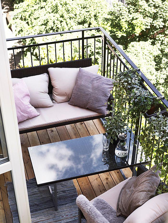 Kleiner balkon mit filigraner bank tiny balconysmall balcony decorbalcony