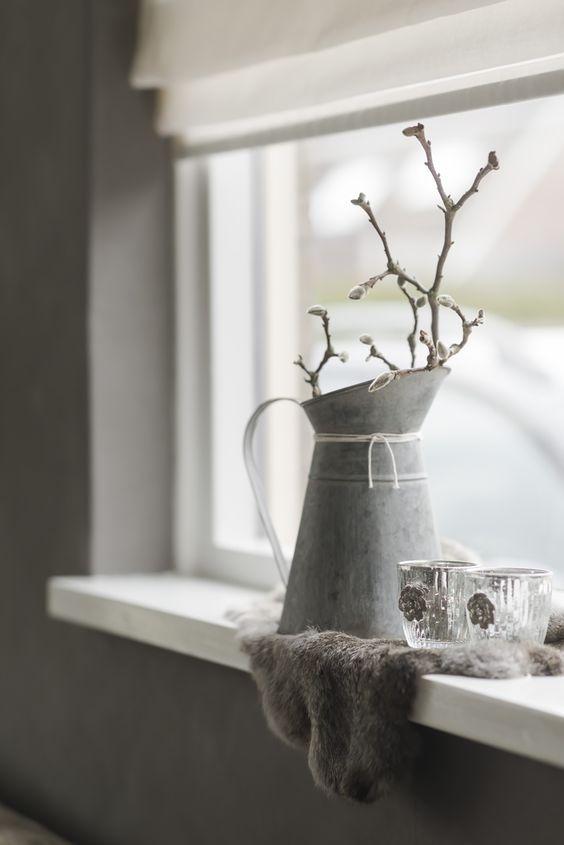 Vensterbank decoratie rust vensterbanken pinterest for Decoratie vensterbank woonkamer
