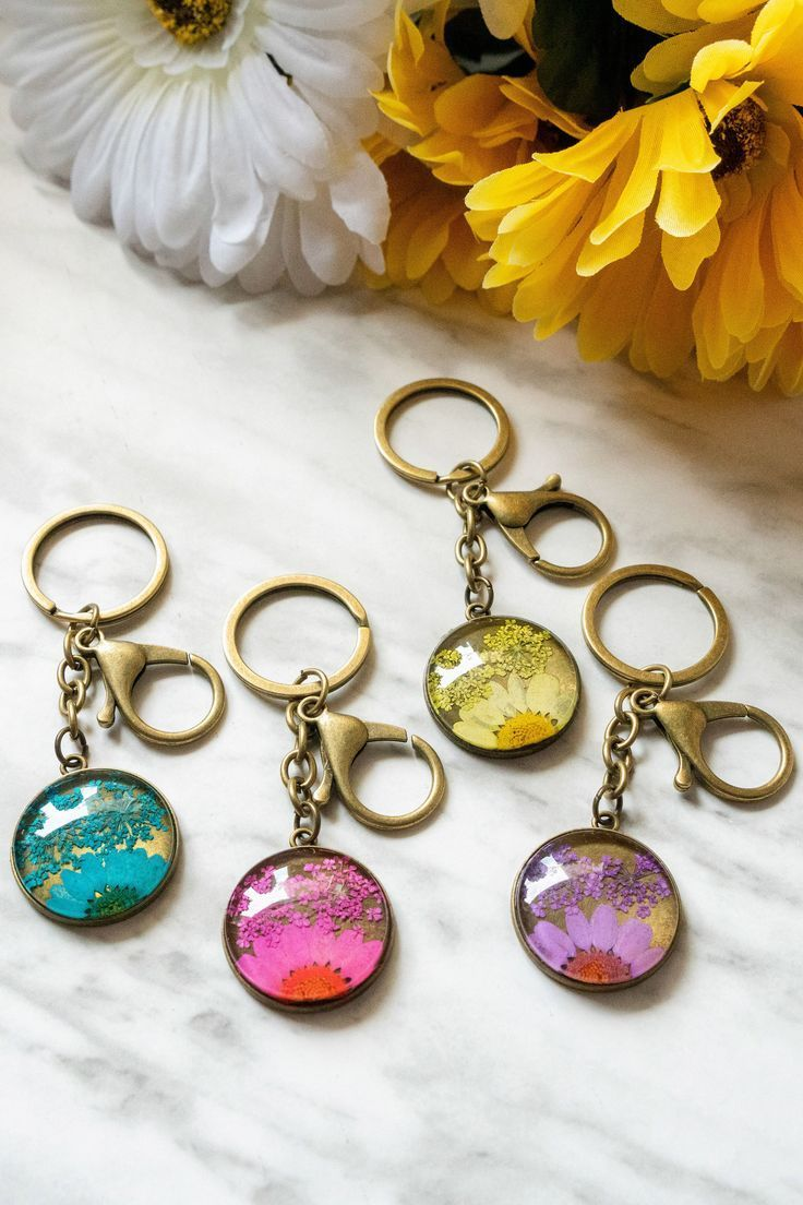 Real Pressed Flower Resin Keychain Real flower jewelry
