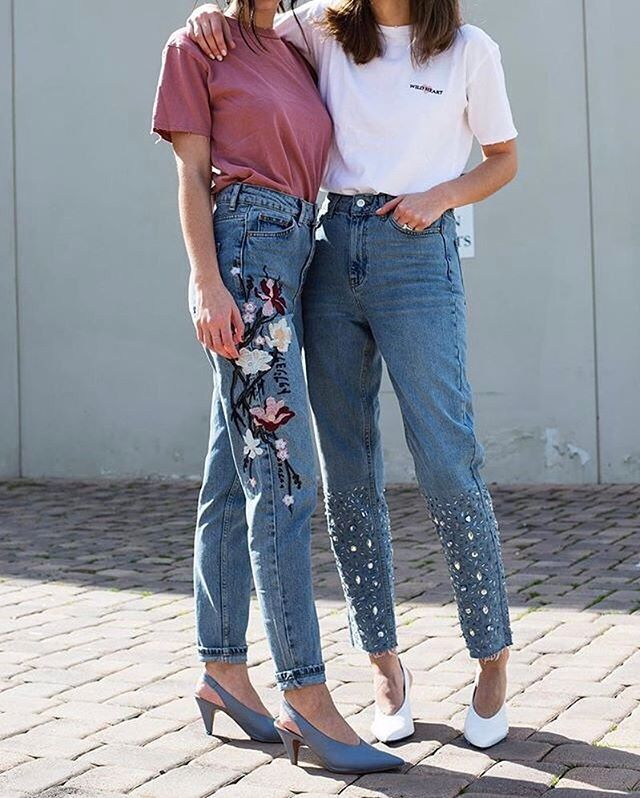"""WEBSTA @ topshop - Memo incoming : Statement denim and a slouchy tee. #TopshopStyle Click the link in the bio to shop the style or search """"Floral embroidered jeans"""", """"Gemstone hem mom jeans"""" @joiedejude"""
