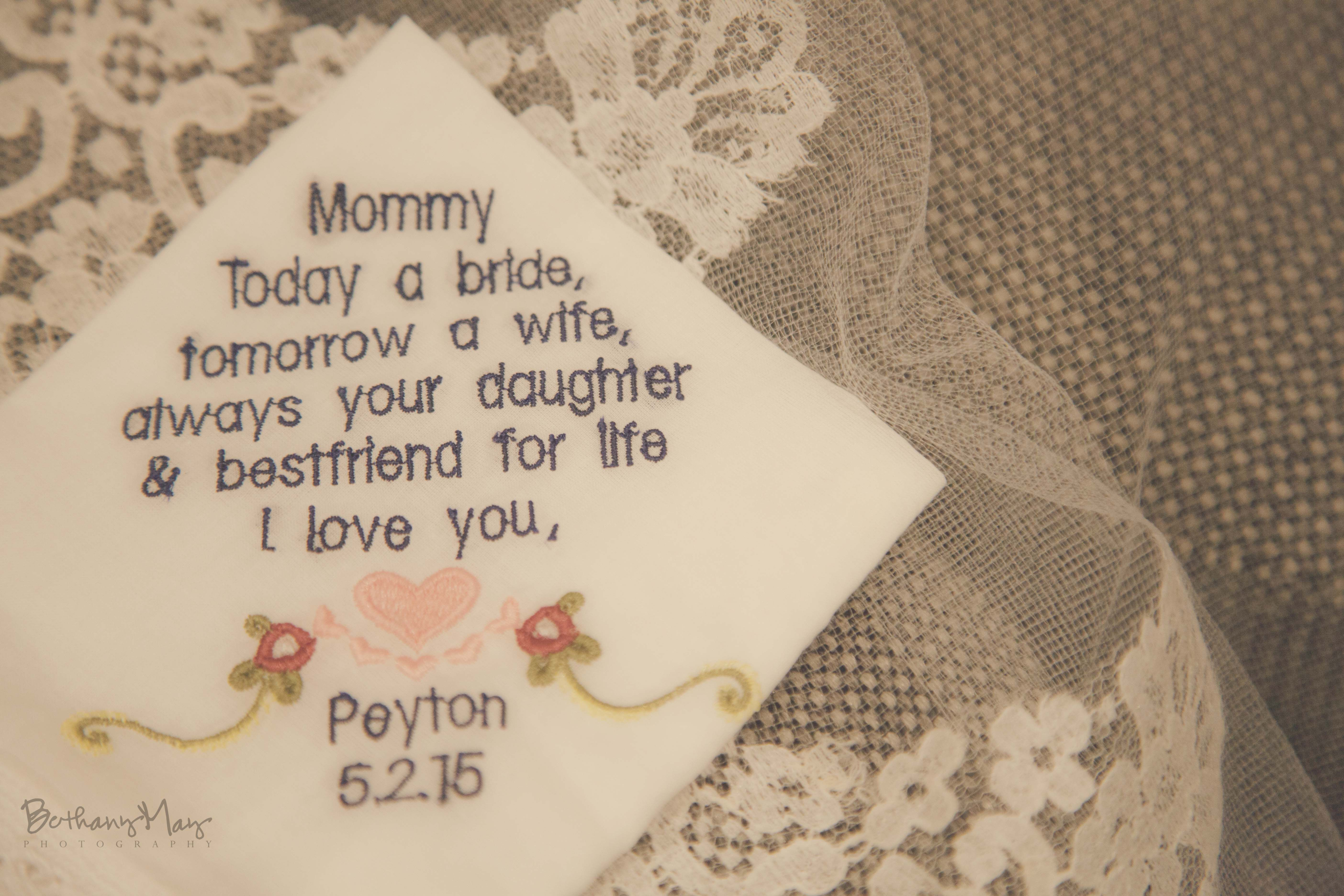 Beautiful gift idea for the mother of the bride.