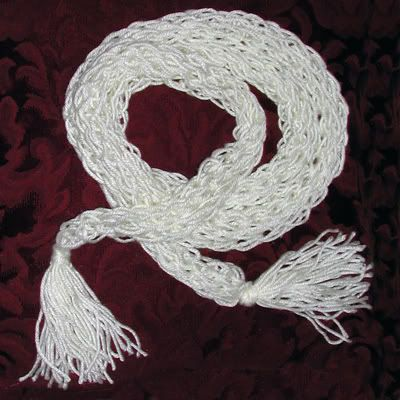 1st finger knitting (weaving) projects using all ten fingers!! - scarves - FIBER ARTS
