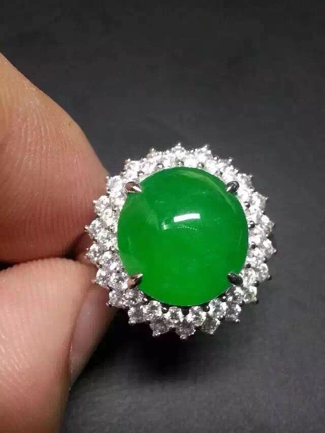 18k White Gold Diamond Green Jadeite Ring Est Price 15 000 20