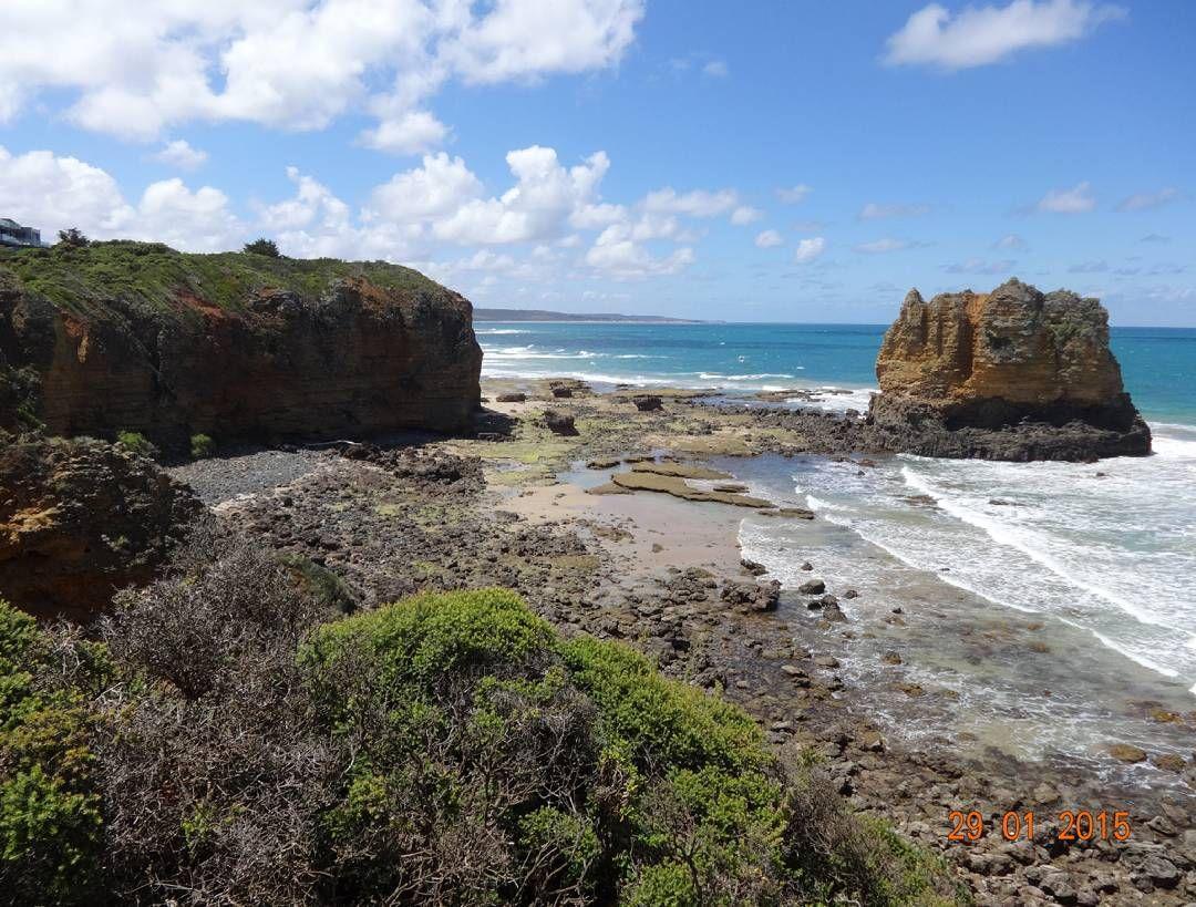 #australia #aussie #greatoceanroad #nofilter #amazing #beautiful #beach #coast #sky #ocean #cliffs #wanderlust #breathtaking#best #day #memories #love #life #nature #traveler #roadtrip #ontheroad #instatravel #clouds by rupprecht.anna