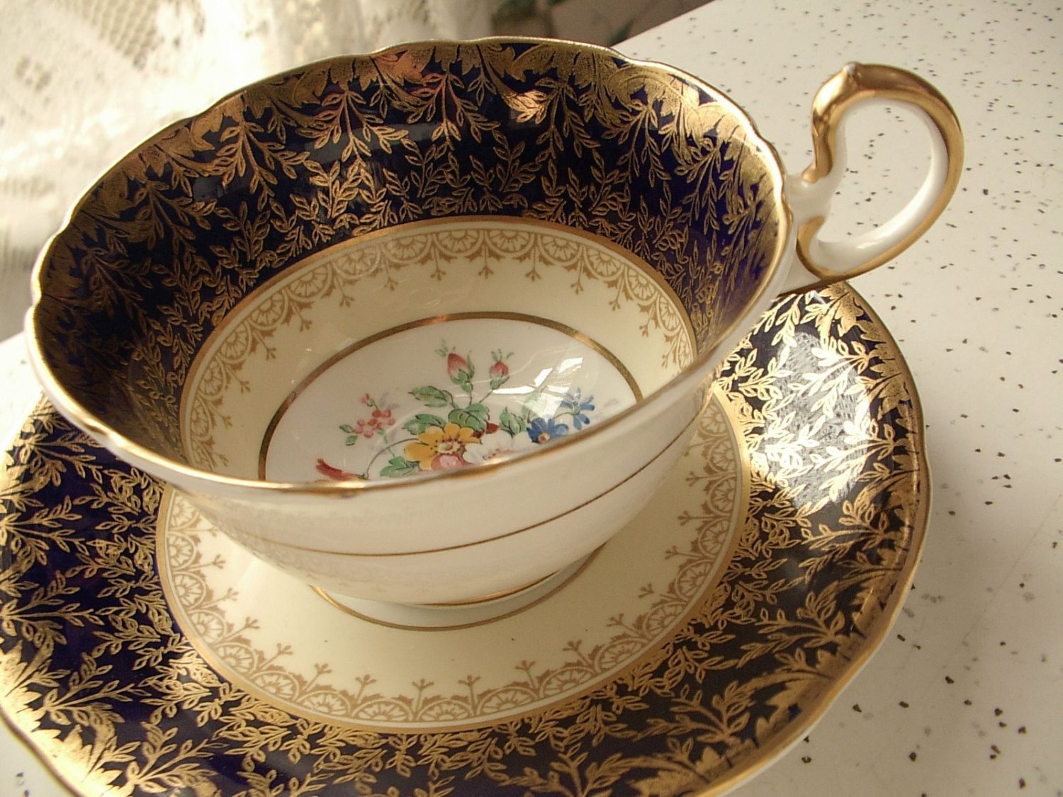 values on antique tea cup and saucers | tea cup and saucer set