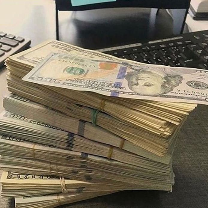 Dm me now to earn huge within 14days.  #luxuryhomedesign #entreprenuer #expert #