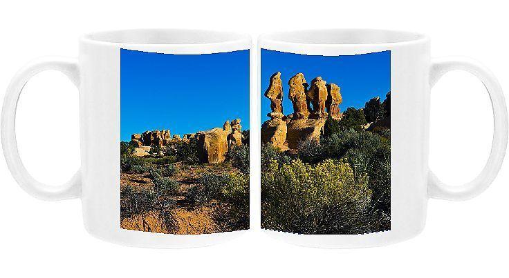 Photo Mug-Hoodoos of Devils Garden, Hole in rock Road, Grand Staircase-Escalante, Utah, USA-Ceramic dishwasher safe mug made in the UK