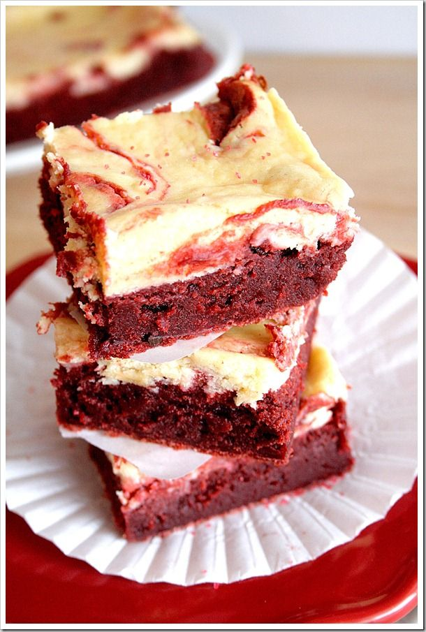Red Velvet Cheesecake Swirl Brownies From Doughmesstic Http Punchfork Com Recipe