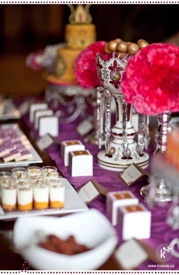 Table de douceurs | Mille et une nuit - Inspirations Moyen-Orient | Crédits photo : Julia C Vona | via kreavie.com