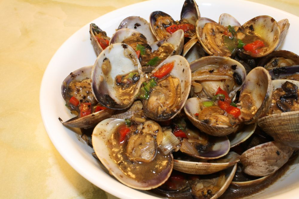 Chinese stir fried clams with black bean sauce black