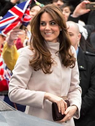 Home Entertainment Kate Middleton Bundles Up In Cambridge Kate